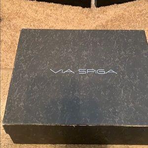 Via Spiga V-Unity Nude Patent Peep Toe Pumps